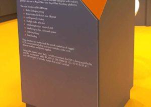 Elma rotating display plinth