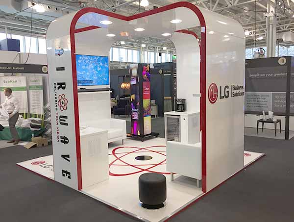 Custom Built Exhibition Stands Uk : Custom built exhibition stands in both d and d newshield